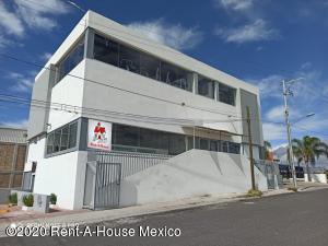 Edificio En Rentaen Queretaro, Cerrito Colorado, Mexico, MX RAH: 20-1521