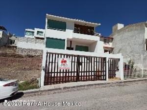 Casa En Ventaen Queretaro, Milenio 3Era Seccion, Mexico, MX RAH: 20-1530