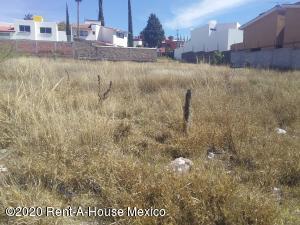 Terreno En Ventaen Queretaro, Juriquilla, Mexico, MX RAH: 20-1570