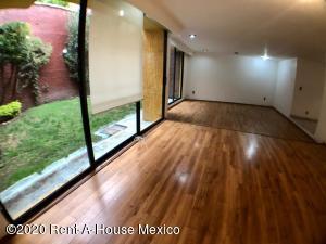Casa En Rentaen Huixquilucan, La Herradura, Mexico, MX RAH: 20-1589