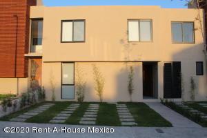 Casa En Rentaen El Marques, Zakia, Mexico, MX RAH: 20-1596