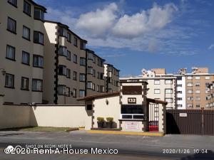 Departamento En Rentaen Huixquilucan, Palo Solo, Mexico, MX RAH: 20-1605