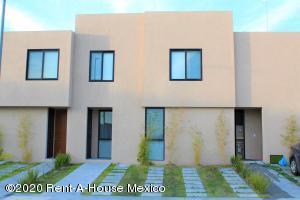 Casa En Rentaen El Marques, Zakia, Mexico, MX RAH: 20-1670