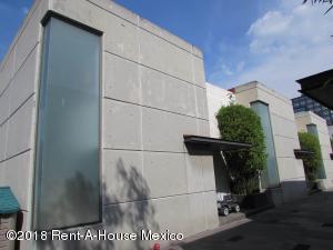 Casa En Rentaen Cuajimalpa De Morelos, Jose Maria Castorena, Mexico, MX RAH: 20-1678
