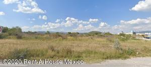 Terreno En Ventaen Queretaro, Jurica, Mexico, MX RAH: 20-1685