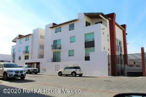 Departamento En Rentaen Queretaro, Milenio 3Era Seccion, Mexico, MX RAH: 20-1714