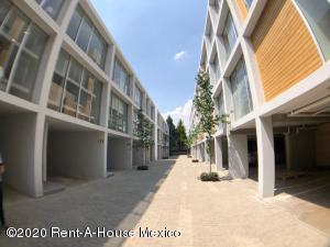 Casa En Rentaen Cuajimalpa De Morelos, Cuajimalpa, Mexico, MX RAH: 20-1777