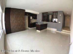Departamento En Rentaen Huixquilucan, Jesus Del Monte, Mexico, MX RAH: 20-1778
