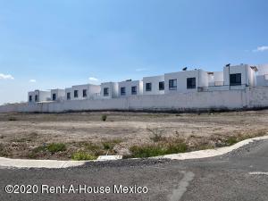 Terreno En Rentaen Queretaro, Real De Juriquilla, Mexico, MX RAH: 20-1810