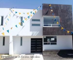 Casa En Ventaen Corregidora, El Pueblito, Mexico, MX RAH: 20-1811
