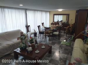 Casa En Rentaen Huixquilucan, La Herradura, Mexico, MX RAH: 20-1875