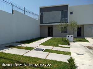 Casa En Rentaen El Marques, Zakia, Mexico, MX RAH: 20-1855