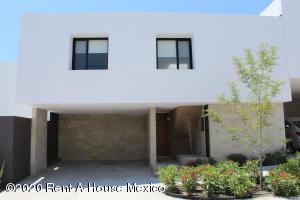 Casa En Rentaen El Marques, Zibata, Mexico, MX RAH: 20-1942