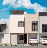 Casa En Ventaen El Marques, Zibata, Mexico, MX RAH: 20-1952