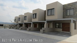 Casa En Ventaen Corregidora, Canadas Del Lago, Mexico, MX RAH: 20-1973