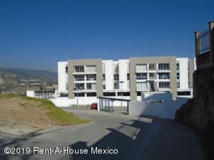 Departamento En Ventaen Huixquilucan, Bosque Real, Mexico, MX RAH: 20-1976
