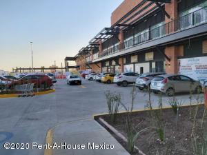 Local Comercial En Rentaen Queretaro, El Refugio, Mexico, MX RAH: 20-205