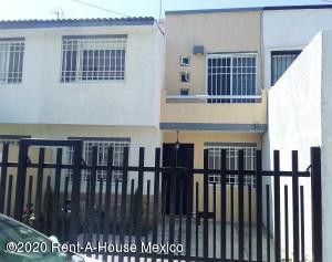 Casa En Ventaen Corregidora, El Pueblito, Mexico, MX RAH: 20-2028