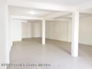 Bodega En Rentaen Atizapan De Zaragoza, Lomas De La Hacienda, Mexico, MX RAH: 20-2104