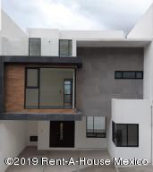Casa En Ventaen Atizapan De Zaragoza, Residencial Lago Esmeralda, Mexico, MX RAH: 20-2105