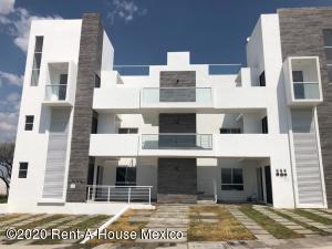 Departamento En Ventaen El Marques, Zakia, Mexico, MX RAH: 20-2237