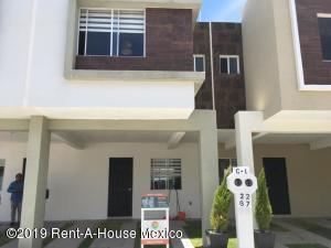 Casa En Ventaen Queretaro, Ciudad Del Sol, Mexico, MX RAH: 20-2259
