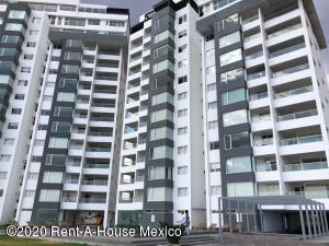 Departamento En Ventaen Queretaro, El Campanario, Mexico, MX RAH: 20-2309