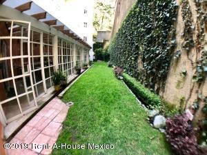 Departamento En Ventaen Huixquilucan, Jesus Del Monte, Mexico, MX RAH: 20-2314