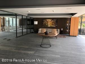 Departamento En Rentaen Huixquilucan, Bosque Real, Mexico, MX RAH: 20-2321