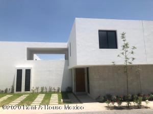 Casa En Rentaen Queretaro, Altos De Juriquilla, Mexico, MX RAH: 20-2031