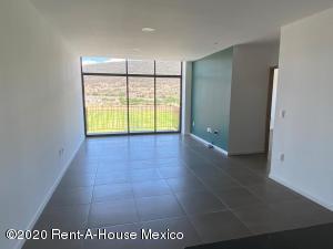 Departamento En Rentaen Queretaro, Fray Junipero, Mexico, MX RAH: 20-2345