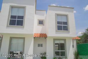 Casa En Ventaen Corregidora, Los Angeles, Mexico, MX RAH: 20-2354