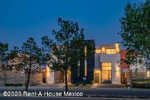 Casa En Ventaen Calimaya, Villas Del Campo, Mexico, MX RAH: 20-2361