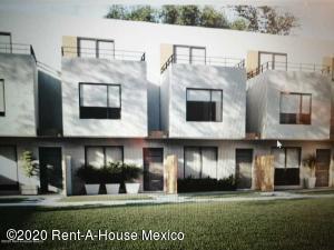 Casa En Ventaen Xochitepec, Fraccionamiento Santa Fe, Mexico, MX RAH: 20-2363