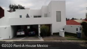 Casa En Rentaen Atizapan De Zaragoza, Club De Golf Chiluca, Mexico, MX RAH: 20-2383