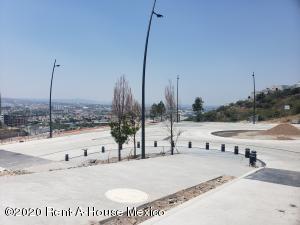 Terreno En Ventaen Queretaro, Loma Dorada, Mexico, MX RAH: 20-878