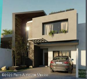 Casa En Ventaen El Marques, Zibata, Mexico, MX RAH: 20-2409