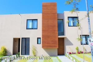 Casa En Ventaen Queretaro, Altos De Juriquilla, Mexico, MX RAH: 20-2440
