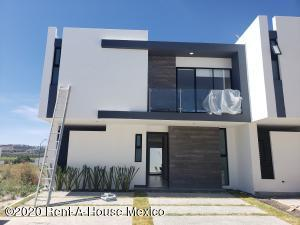 Casa En Ventaen Corregidora, Canadas Del Arroyo, Mexico, MX RAH: 20-2460