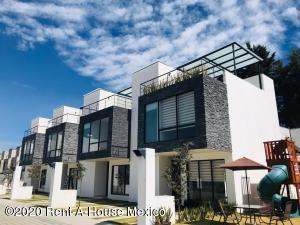 Casa En Ventaen San Mateo Atenco, Santa Maria La Asuncion, Mexico, MX RAH: 20-2484