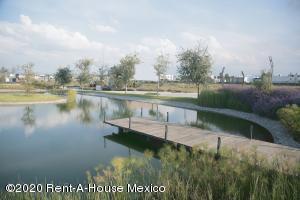 Terreno En Ventaen Pachuca De Soto, Blvd Ramon G Bonfil, Mexico, MX RAH: 20-2485