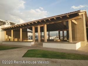 Departamento En Rentaen Atizapan De Zaragoza, Bosque Esmeralda, Mexico, MX RAH: 20-2487