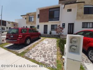 Casa En Ventaen Queretaro, Cumbres De Juriquilla, Mexico, MX RAH: 20-2506