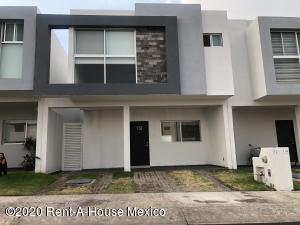 Casa En Rentaen Queretaro, Cumbres De Juriquilla, Mexico, MX RAH: 20-2509