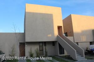 Departamento En Rentaen El Marques, Zakia, Mexico, MX RAH: 20-2530