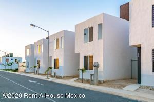Casa En Ventaen Kanasin, Residencial Las Palmas, Mexico, MX RAH: 20-2554