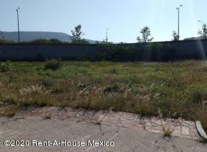 Terreno En Ventaen El Marques, Zibata, Mexico, MX RAH: 20-2583
