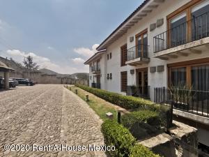Departamento En Rentaen Atizapan De Zaragoza, Hacienda De Valle Escondido, Mexico, MX RAH: 20-2585