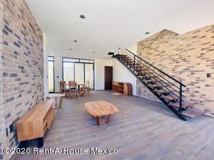 Casa En Ventaen Mineral De La Reforma, Pachuquilla, Mexico, MX RAH: 20-2498
