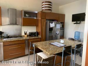 Casa En Ventaen Queretaro, Mision San Jeronimo, Mexico, MX RAH: 20-2667